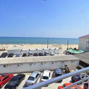 Фото вида с балкона отеля в Затоке Прибой
