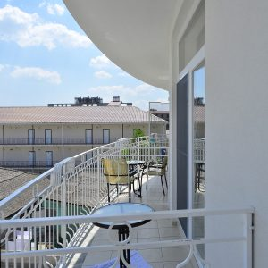 Фото балкона в отеле в Затоке Прибой
