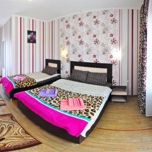 Фото люкса 3-х местного в гостинице Дольче-Вита в Приморском