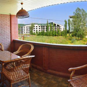 Фото вида с балкона на базе отдыха в Коблево Лагуна