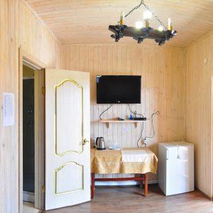 Фото входа в двухкомнатный номер в комплексе для отдыха в Коблево на Черном море