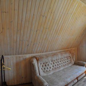 Фото дивана для отдыха в отеле в Коблево на Черном море