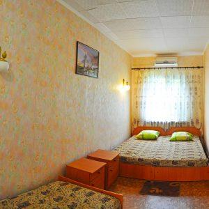 Фото номера 3-х местного на курорте Приморское Килийского района