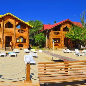 Фото личного пляжа базы Блик под Одессой