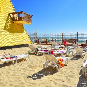 Фото пляжа базы отдыха Блик в Затоке