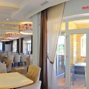 Фото ресторана L Aromat отеля в Затоке