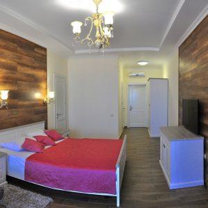 Фото номера люкс в отеле Одесской области