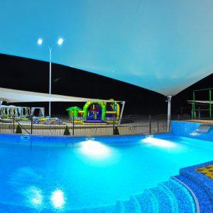 Фото бассейна в отеле Марсель в Затоке