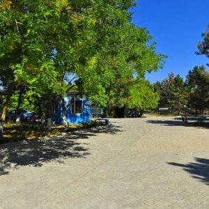 Фото стоянки на базе отдыха в Сергеевке